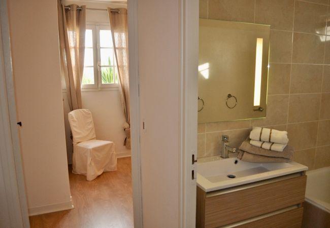 Villa à Salernes - Pati Panor : magnifique villa de vacances avec clim, piscine, tennis et jacuzzi