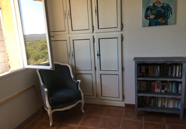 Maison à Cotignac - Le Collet en Provence : confort et vue exceptionnelle