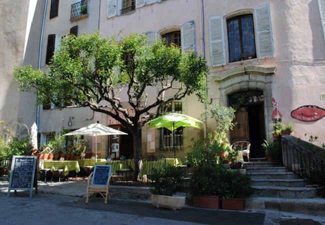 Maison à Cotignac - Vacances détente en Provence : Les 2 Palmiers