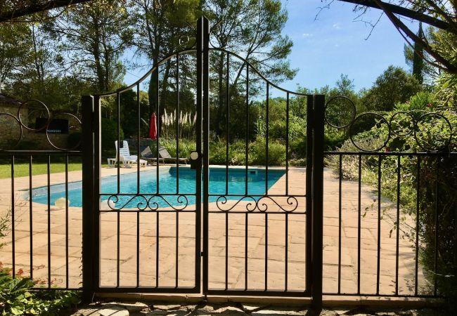 Maison à Cotignac - Les 2 Palmiers : 6 à 10 vacances détente en Provence
