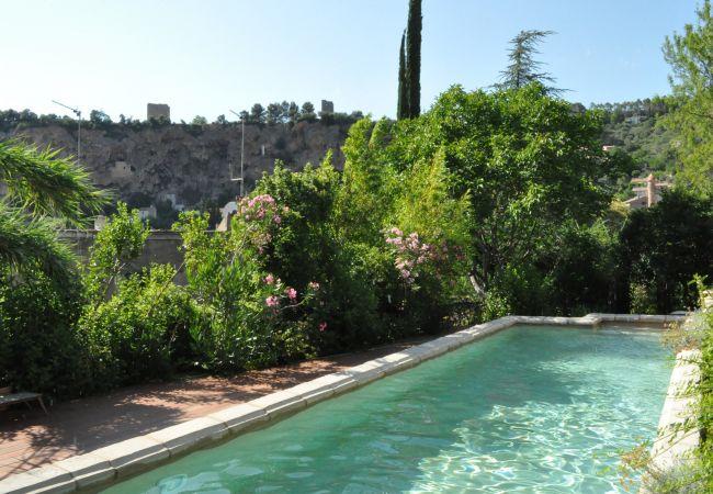 Maison à Cotignac - Location Saisonnière en Provence : La Cadelle