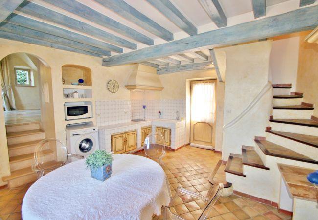 Maison à Carcès - zLE DONJON
