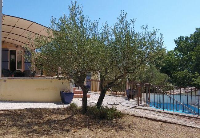 Villa à Cotignac - Villa Thomas, idéal pour les familles avec enfants en bas âge